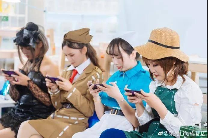 校果×荣耀手机 | 第五人格表演赛-校园营销案例