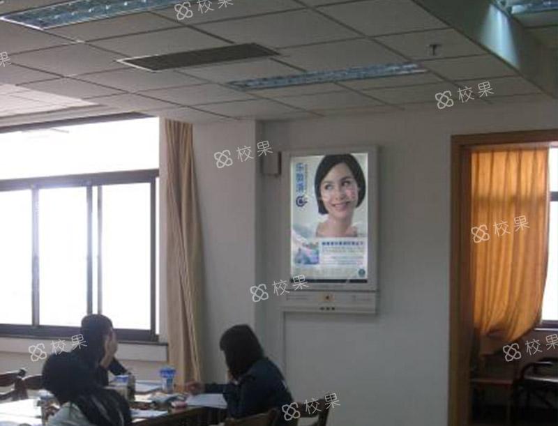 灯箱广告 西北工业大学-长安校区